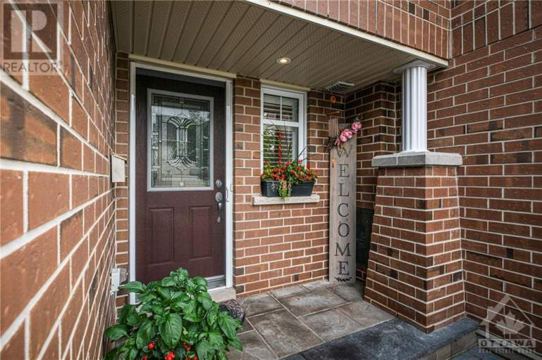 439 Silverstone Way - ALL UTILITES INCLUDED!