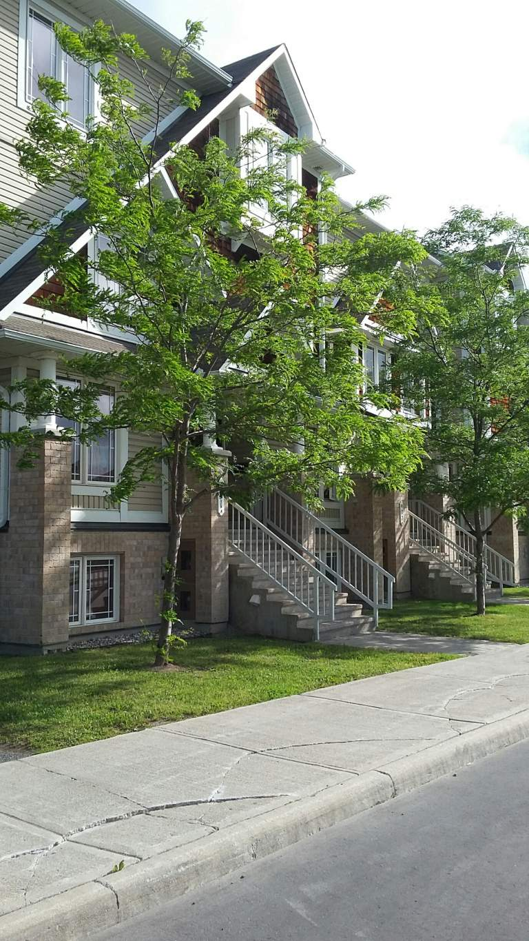 Nepean 2 bedroom Townhouse