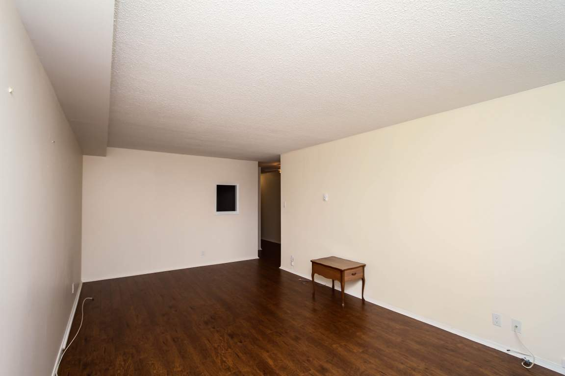 306-158A Mcarthur Avenue