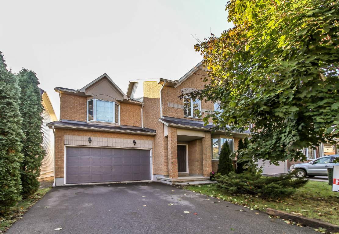 Kanata 4 bedroom House