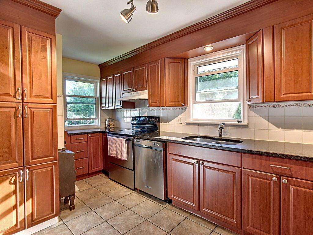 40A GILBEY DR, Nepean K2E 5S6