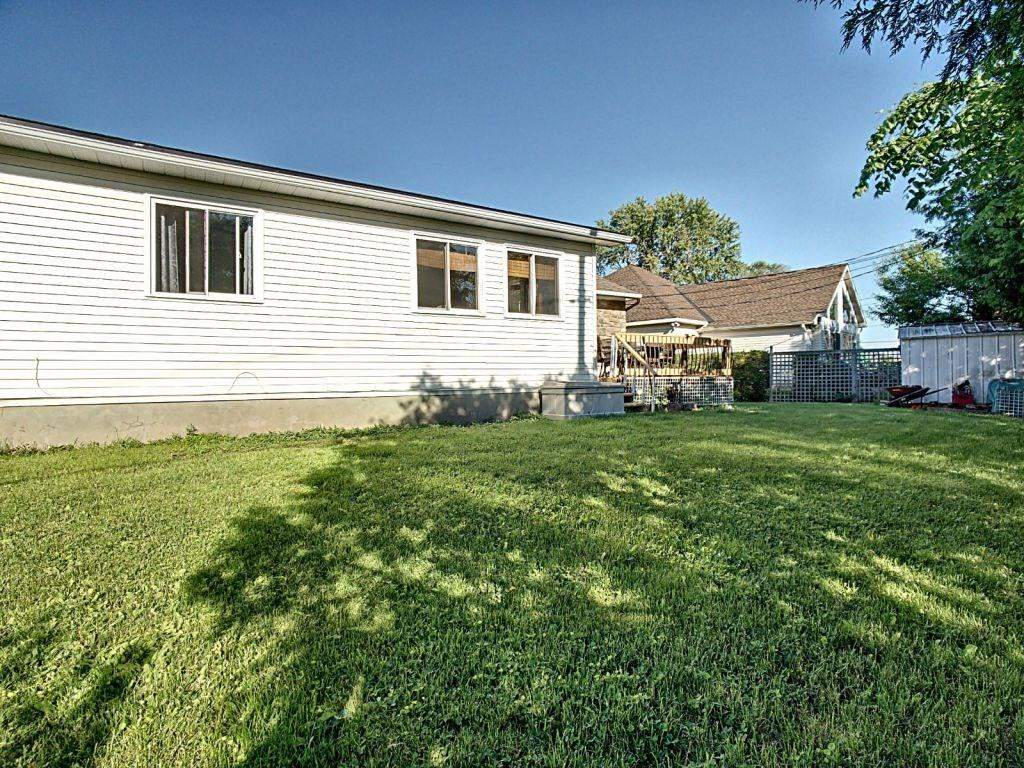 40B GILBEY DR, Nepean K2E 5S6