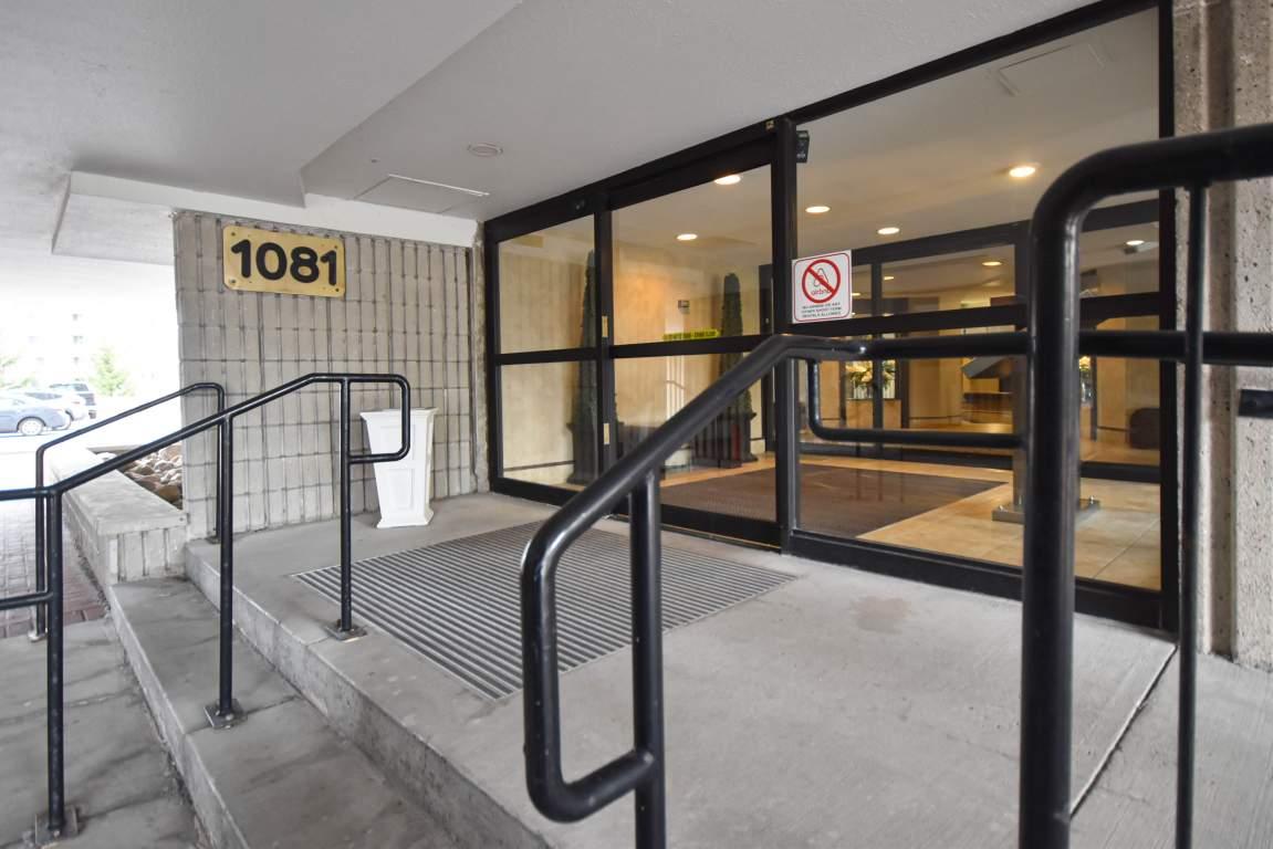 1081 Ambleside Drive