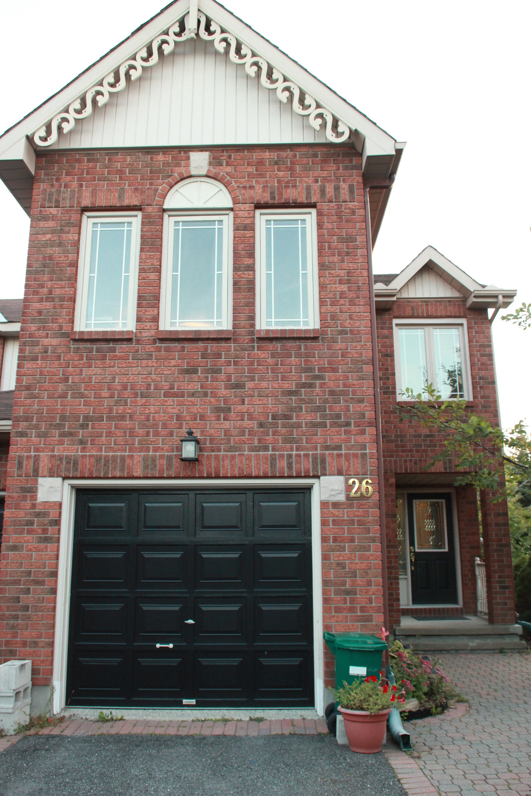 Kanata Townhouse for rent, click for more details...