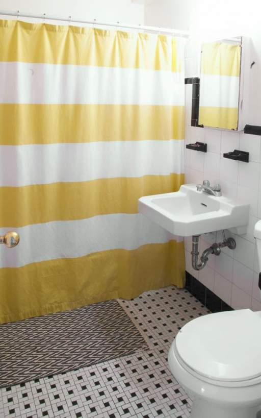 161 bach bathroom