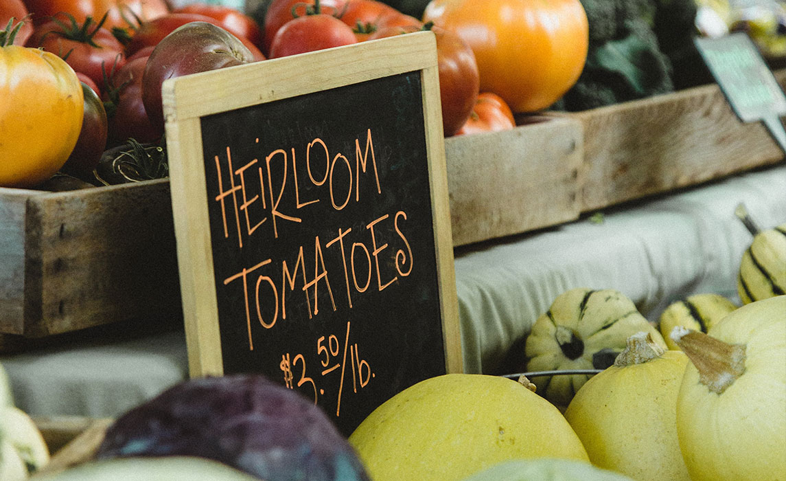 Get in the Know! Oakville Farmers' Market Tips