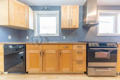 Home For Rent in  87 Clydesdale Drive, Toronto, ON
