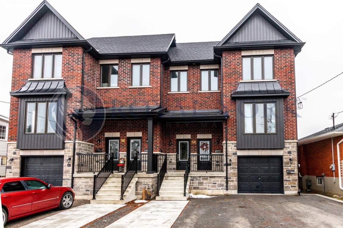Oshawa Maison urbaine pour le loyer, cliquer pour plus de détails...