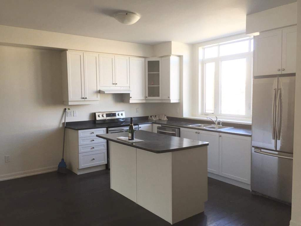 Whitby Apartment for rent, click for more details...