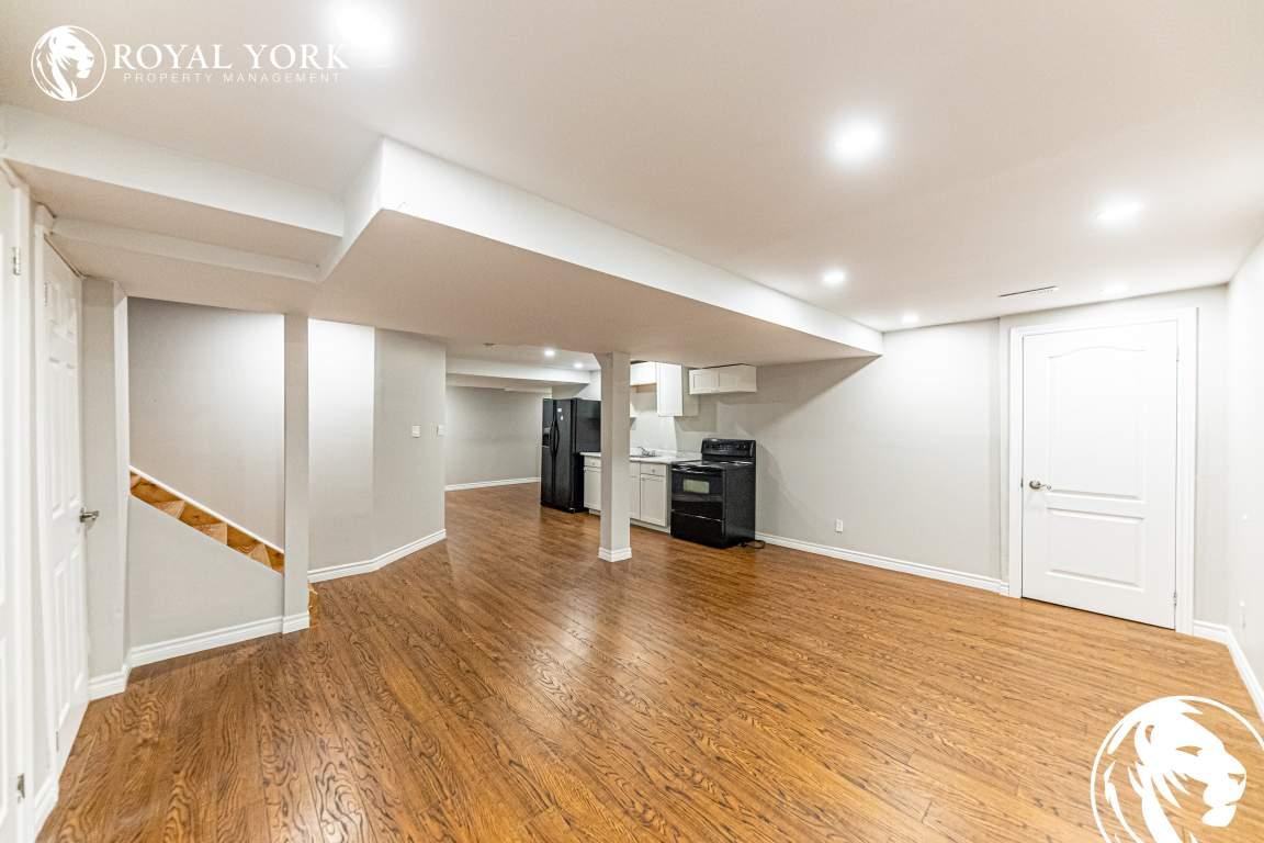 Ajax Ontario Apartment For Rent