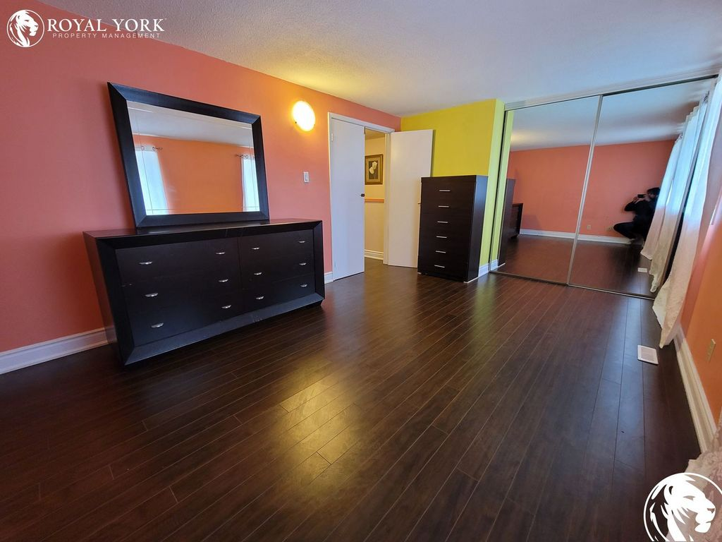 Brampton Townhouse for rent, click for more details...