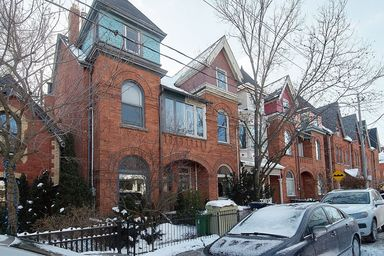 Home For Rent in  115 Winchester Street, Toronto, ON