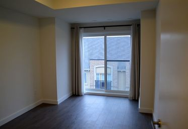 Home For Rent in  5035 Harvard Road Unit 409, Mississauga, ON