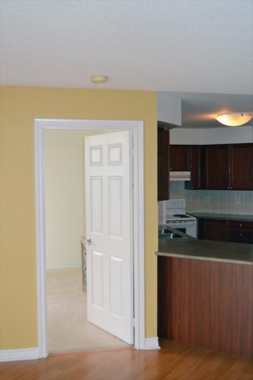 2124 - kitchen