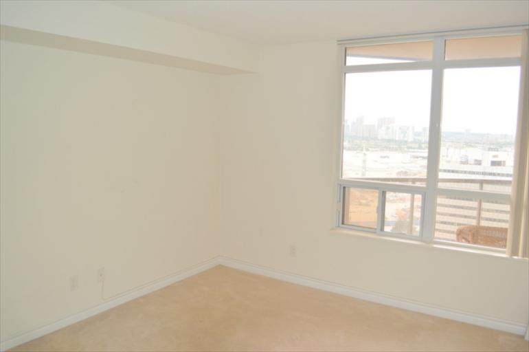 2124 - Bedroom