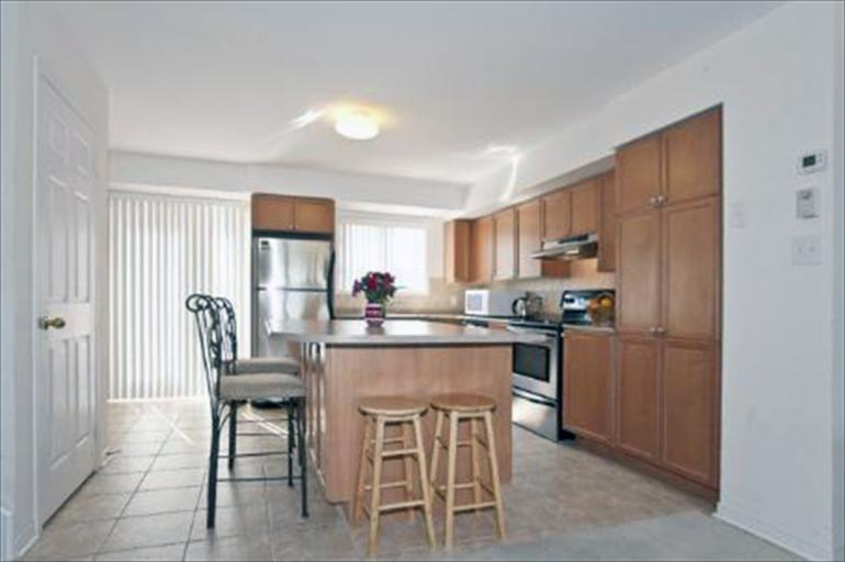 76 - Kitchen/Dining Room