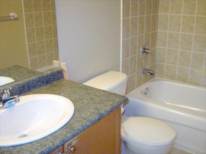 76 - Bathroom