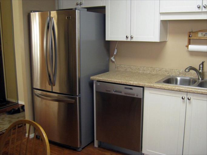 606 - Kitchen