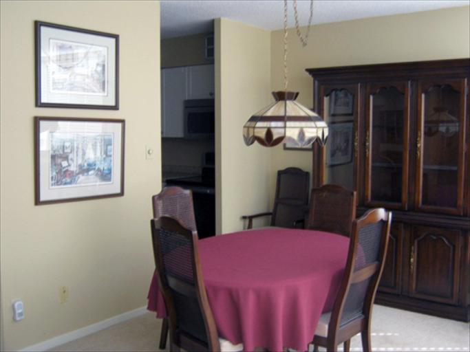 606 - Dining Room