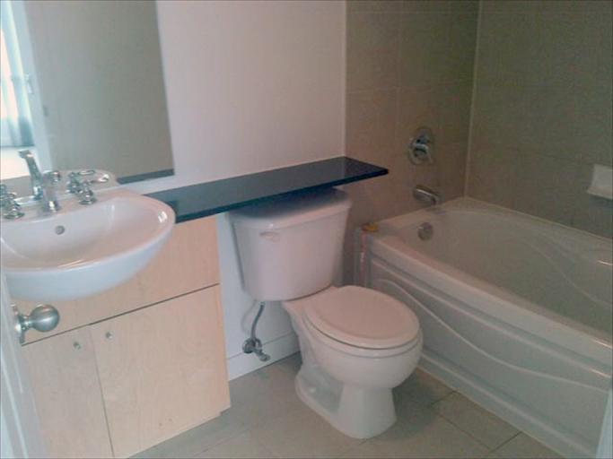 708 - bathroom