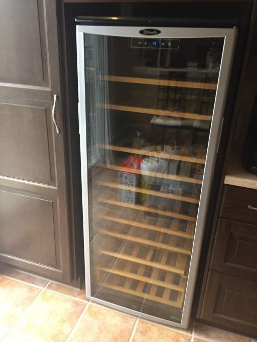 Kitchen - Wine Fridge