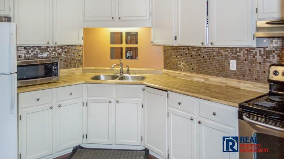 Kitchen with pass through