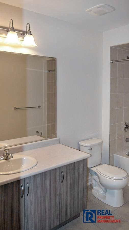large vanity in 4 piece washroom