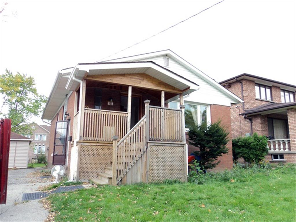 Mississauga Ontario House for rent, click for details...