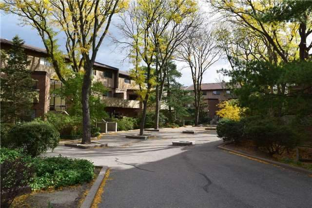 Mississauga Ontario Townhouse for rent, click for details...