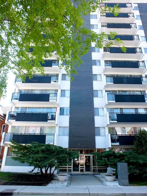 Saguenay Apartments