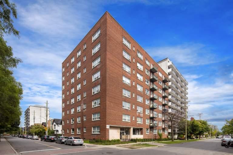 Sadler's Court Apartments
