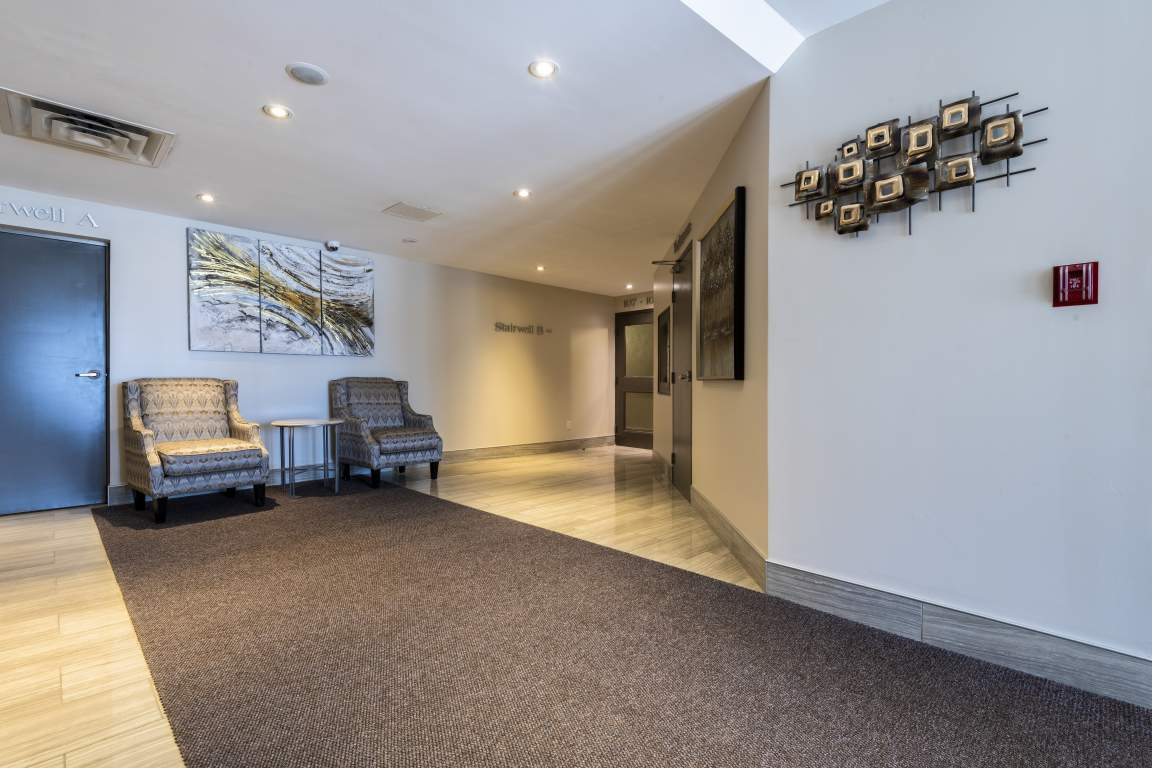 Lonsdale Apartments