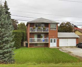 Home For Rent in  753 Cochrane Street, Whitby, ON