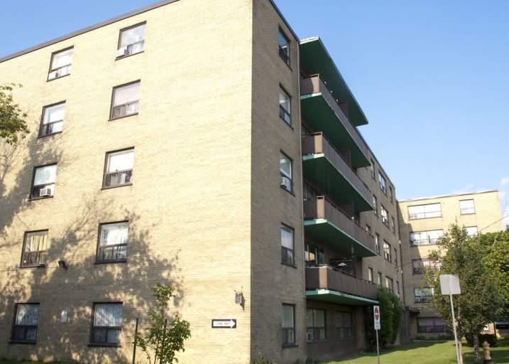 1050 Castlefield Avenue