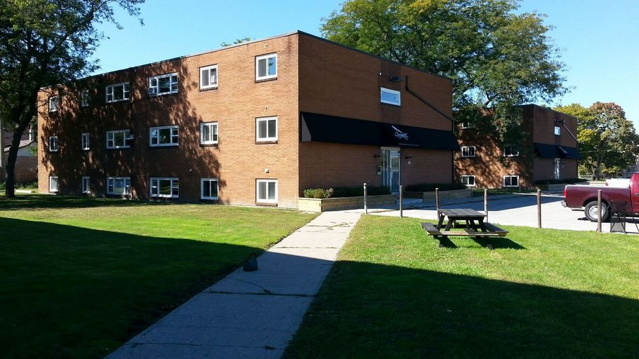 1340 Tecumseh Road West-The Sonnet Apartments