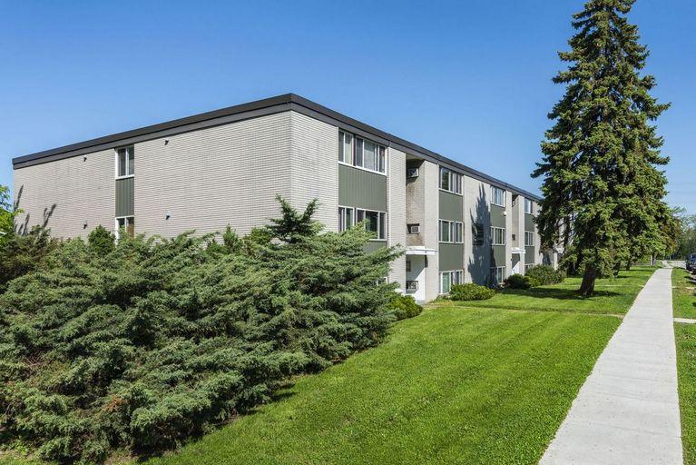 965 Brock Street-Hyde Park Apartments