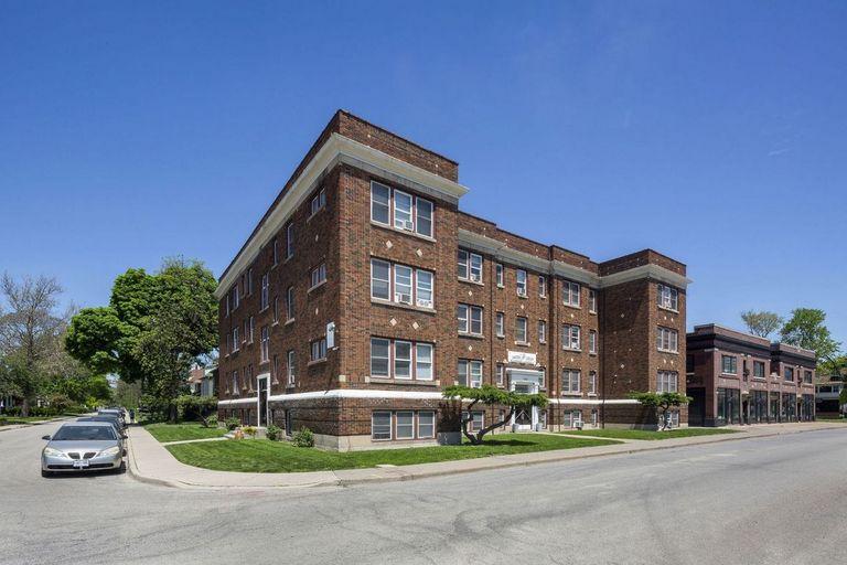 280 Erie Street West -Garden Court Apartments