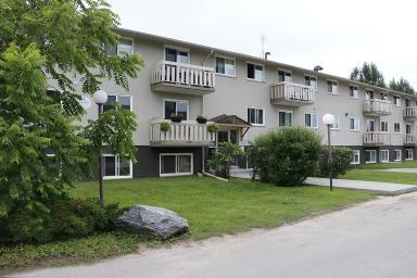 Apartment Building For Rent in  31 & 35 Flamingo Dr., Elmira, ON