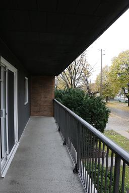 Apartment Building For Rent in  3410 Peter St., Windsor, ON
