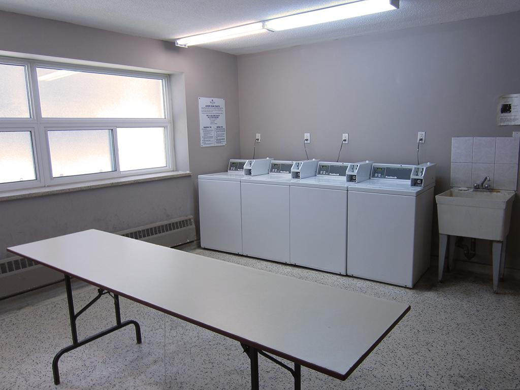 Guelph Ontario Apartment for rent, click for details...