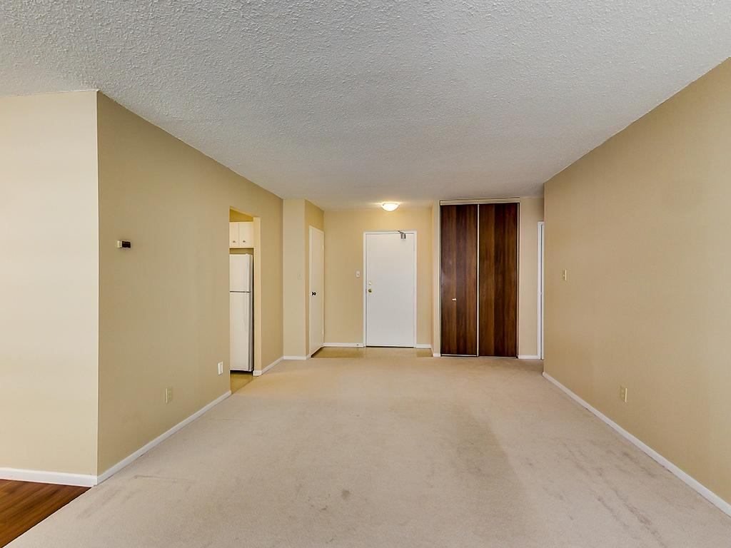 St. Catharines Ontario Apartment for rent, click for details...