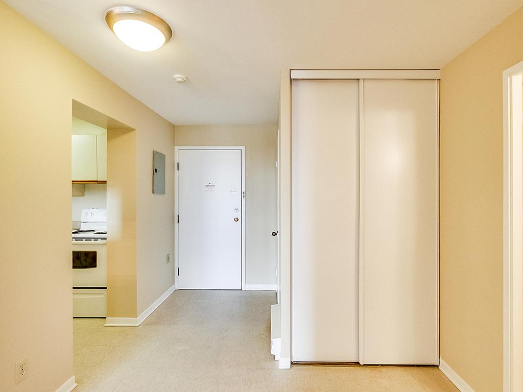 Kingston Apartment Photos And Files Gallery Rentboard Ca
