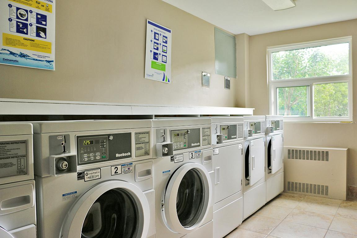 Paris Apartment for rent, click for more details...