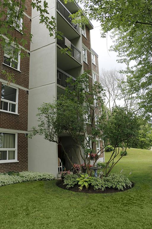 Stratford Apartment for rent, click for more details...