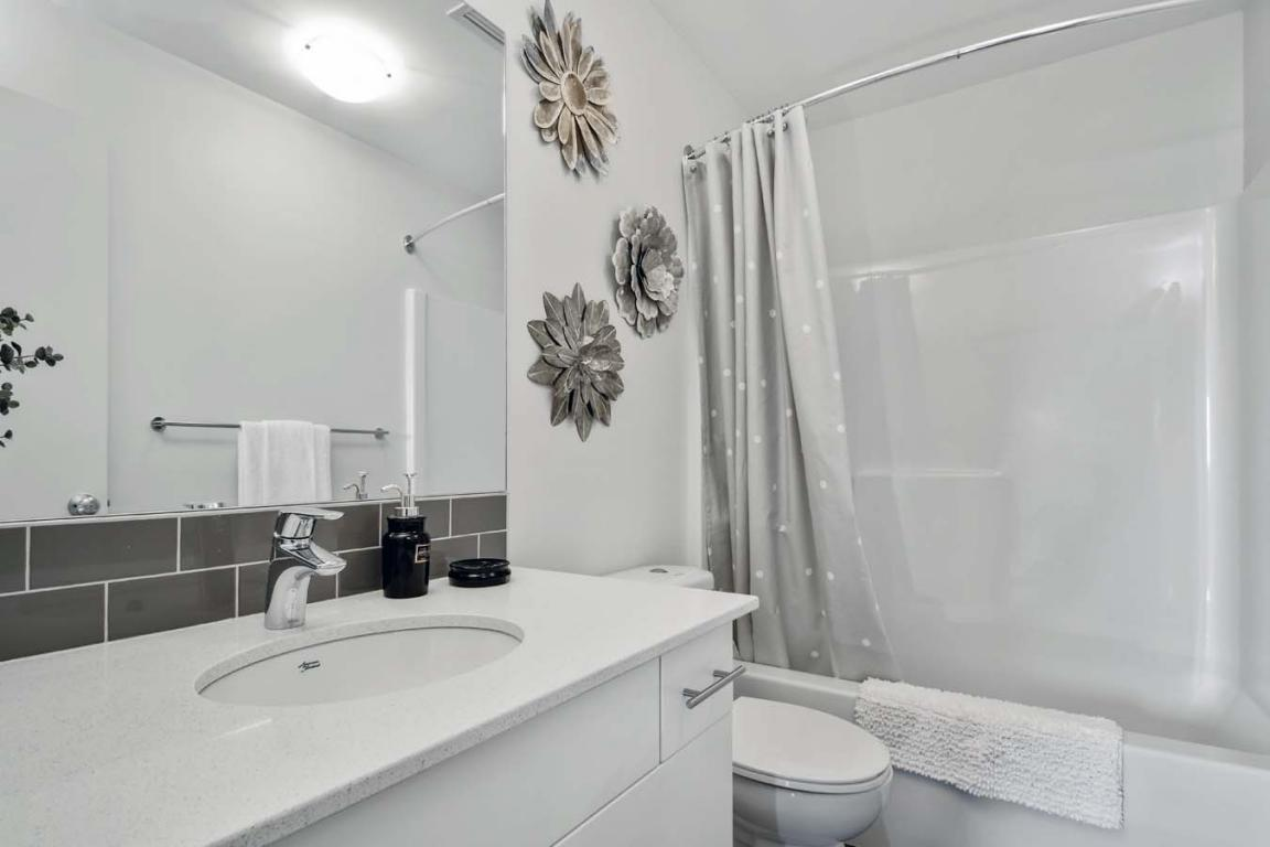 West Kelowna Apartment for rent, click for more details...