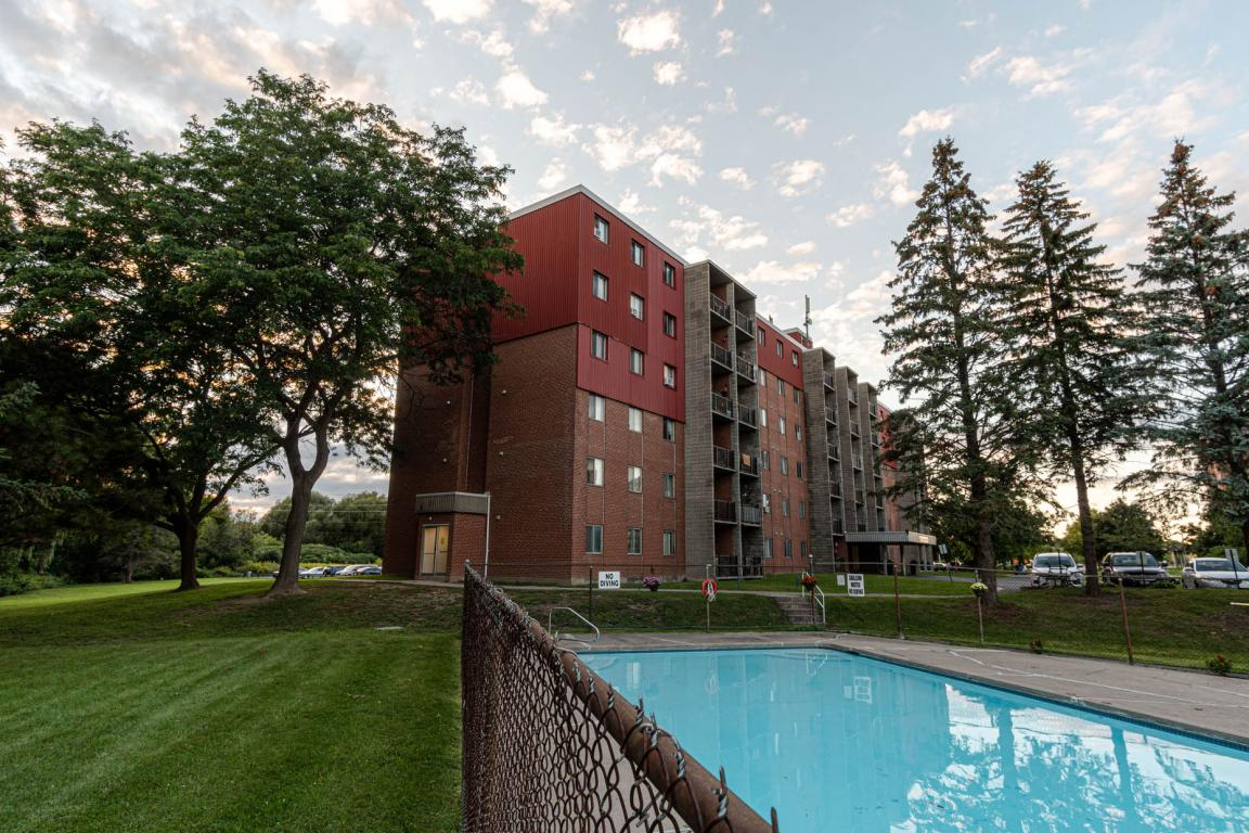 Kingston Apartment for rent, click for more details...