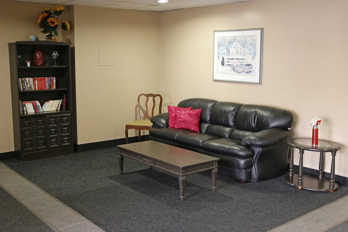 one bedroom Windsor Apartment for rent | Ad ID SKY.67698 ...