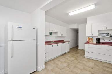 Home For Rent in  91 Stewart St, Ottawa, ON
