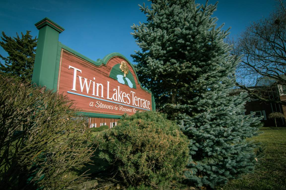 Twin Lakes Village