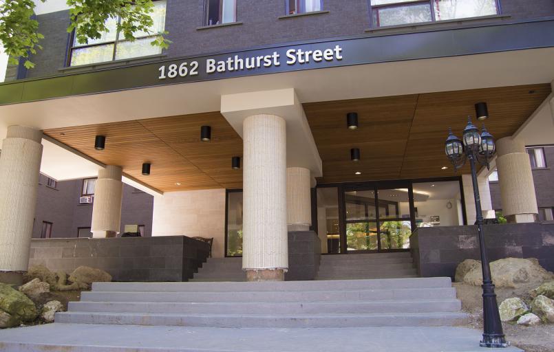 1862 Bathurst Street